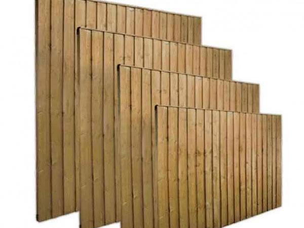 Featheredge panels 1st photo on 6-43ft