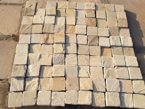 Sandstone setts mint